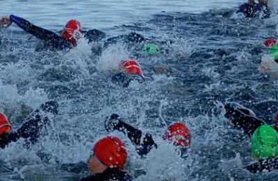 """Соревнования по плаванию в открытой воде """"Весёлый Тюлень"""" 2014"""
